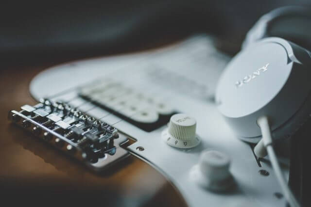 ギターの弦交換ってどのくらいの頻度でするの?