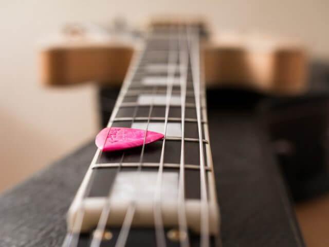 ギターのネック調整 トラスロッド